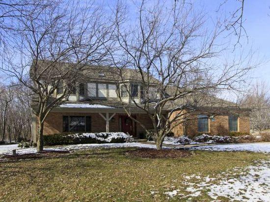 25580 N Oak Creek Cir, Barrington, IL 60010