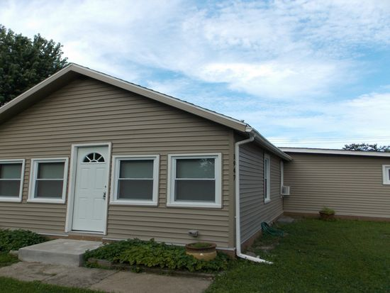 1947 Central Ln, Lakeside Marblehead, OH 43440