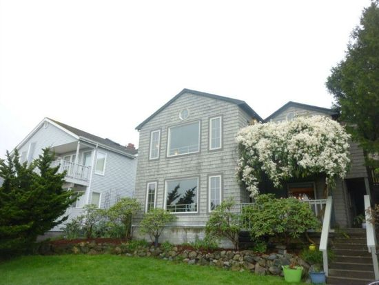 3836 33rd Ave SW, Seattle, WA 98126