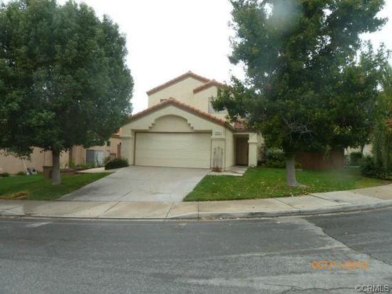 7556 Homestead Ln, Highland, CA 92346