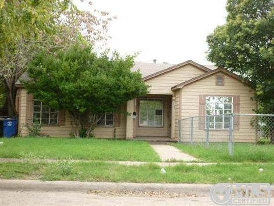 6200 Petain Ave, Dallas, TX 75227