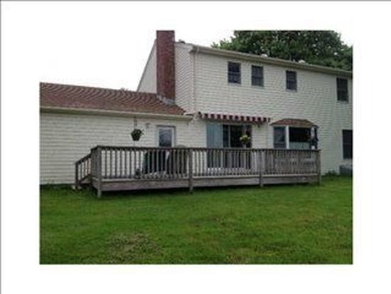 123 Forest Ave, Middletown, RI 02842