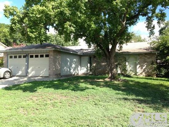 9475 Bowen Dr, San Antonio, TX 78250