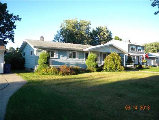 256 Willow Ridge Dr, Amherst, NY 14228