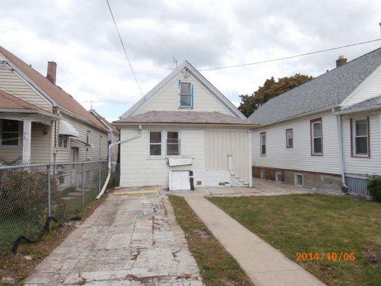 2535 S 11th St, Milwaukee, WI 53215