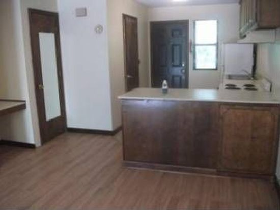 726 S Main St APT 5, Granite Quarry, NC 28146