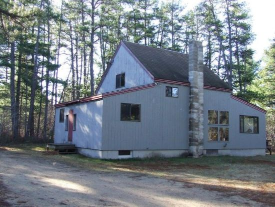284 E Shore Dr, Silver Lake, NH 03875