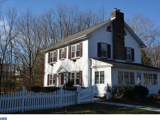 504 Meadowbrook Rd, Norristown, PA 19401