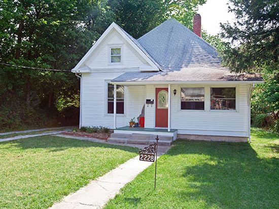2228 N Concord Ave, Springfield, MO 65803