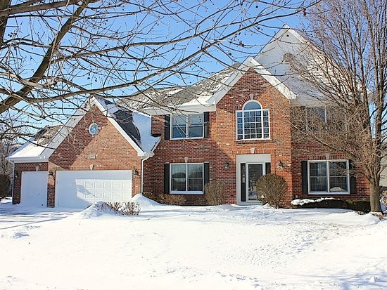 2107 Clear Brook Ct, Naperville, IL 60564