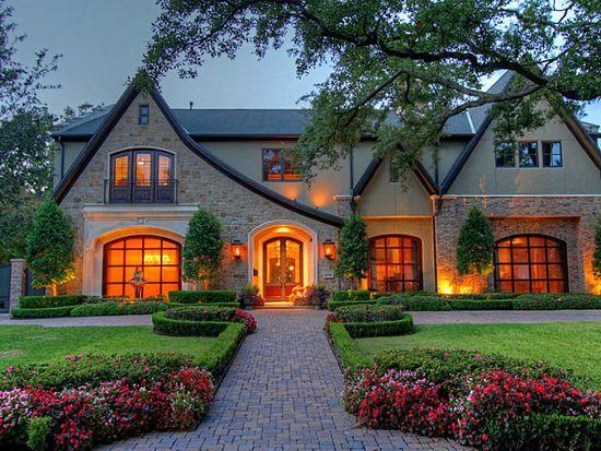 5550 Candlewood Dr, Houston, TX 77056
