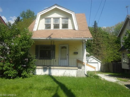 151 S Lakeview Ave, Youngstown, OH 44509