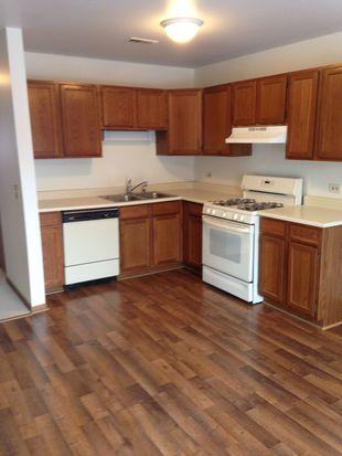 422 Heine Ave, Elgin, IL 60123