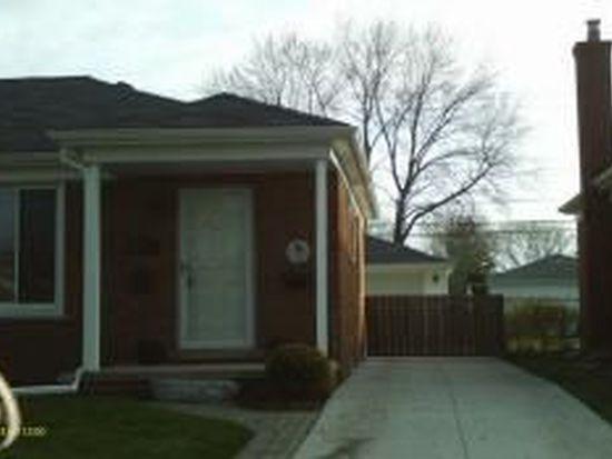 23043 Playview St, Saint Clair Shores, MI 48082