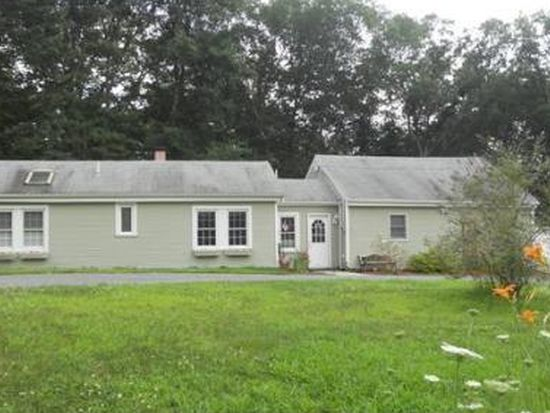33 Green St, Foxboro, MA 02035