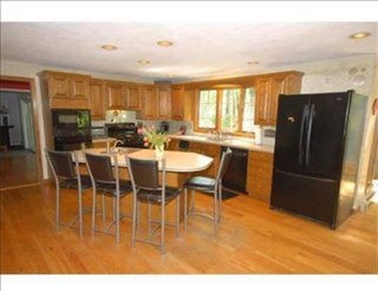 73 Brentwood Cir, North Andover, MA 01845