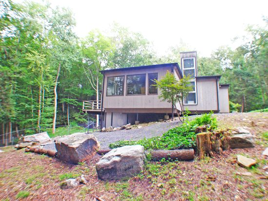 40 Fox Hill Rd, Pound Ridge, NY 10576