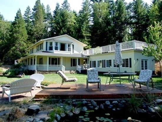 255 Carrie St, Wolf Creek, OR 97497