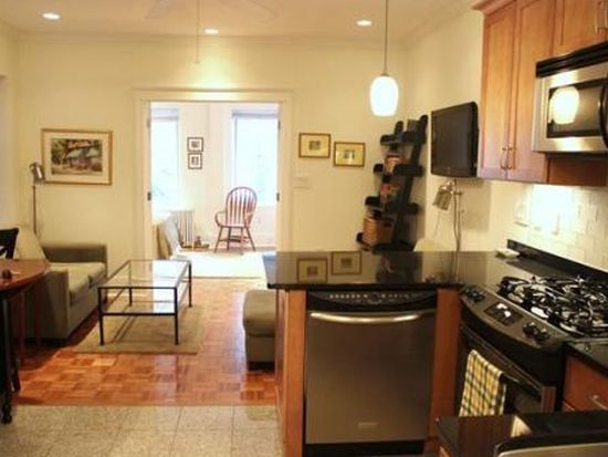 76 Phillips St APT 4, Boston, MA 02114