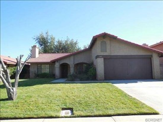 1322 Chagal Ave, Lancaster, CA 93535