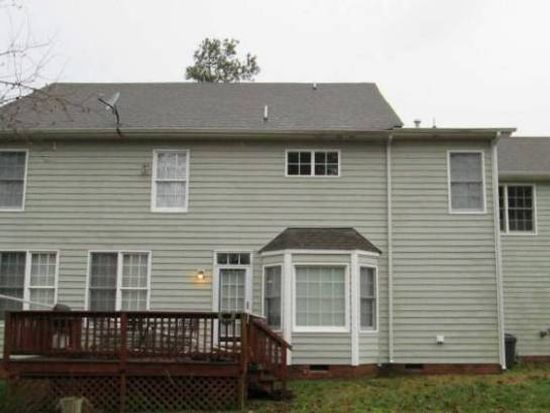 11819 Club Ridge Dr, Chester, VA 23836