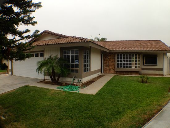 3285 Felisa Ct, Riverside, CA 92509