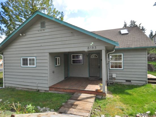 8183 NE 165th St, Kenmore, WA 98028
