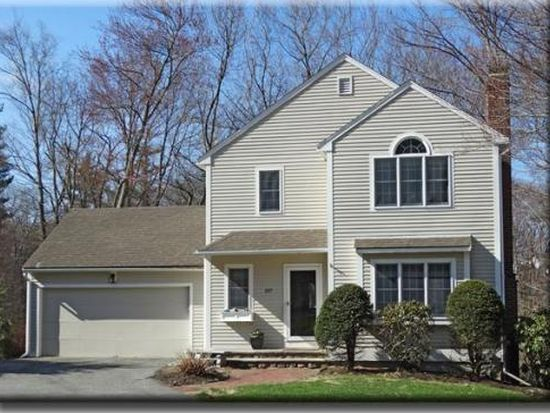 197 Hickory Hill Rd, North Andover, MA 01845