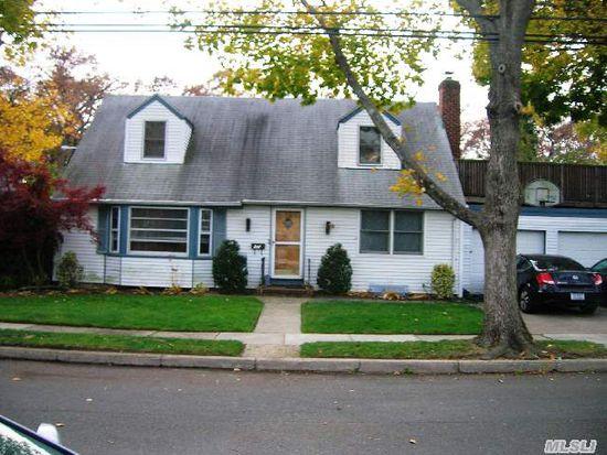84 Chestnut Ave, Floral Park, NY 11001