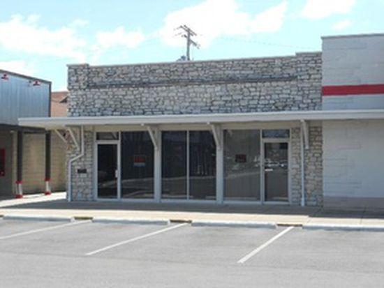 301 Batesville Shopping Vlg, Batesville, IN 47006