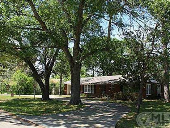 1011 E Hopkins St, Mexia, TX 76667