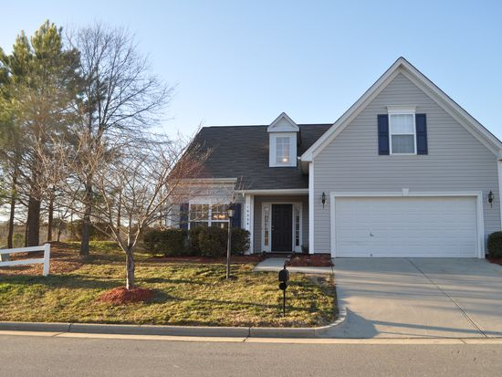 10538 Samuels Way Dr, Huntersville, NC 28078