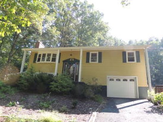 216 Canaan Grove Rd, Newmanstown, PA 17073