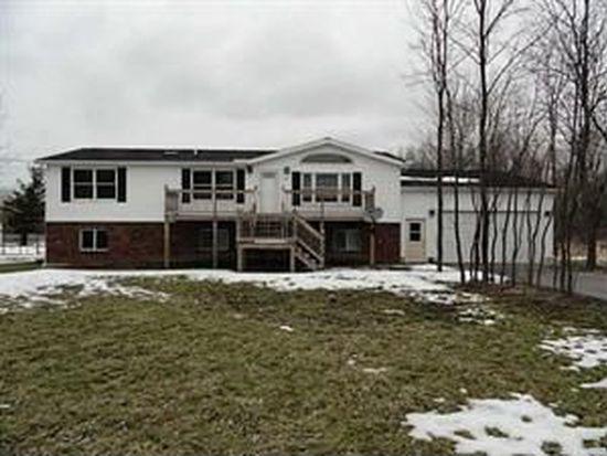 3193 Saunders Settlement Rd, Sanborn, NY 14132