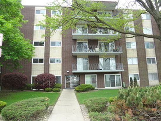 2900 Maple Ave APT 2D, Downers Grove, IL 60515