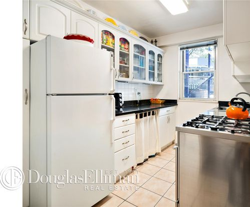 1175 York Ave APT 1J, New York, NY 10065