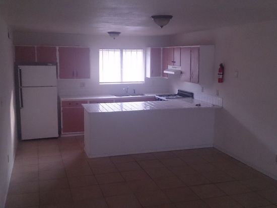2145 S Winstel Ave, Tucson, AZ 85713
