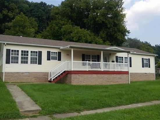1022 26th St, Huntington, WV 25705