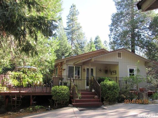 5530 Begonia Dr, Pollock Pines, CA 95726