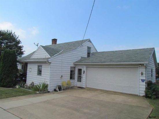 263 W High St, Red Lion, PA 17356