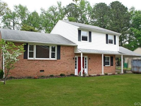 308 New Castle Dr, Colonial Heights, VA 23834