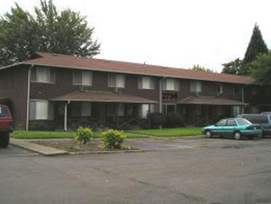 2736 NW Edenbower Blvd APT 5, Roseburg, OR 97471