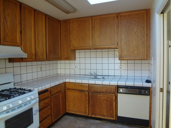 193 2nd Ave, Daly City, CA 94014