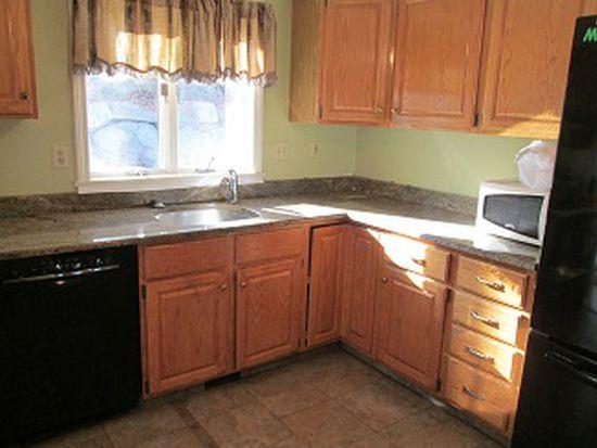 42 Greenwood Rd, Peabody, MA 01960