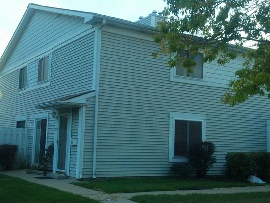 1575 Cornell Pl, Hoffman Estates, IL 60169