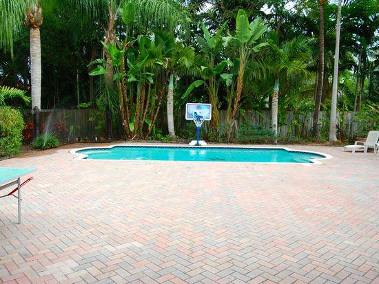 10261 SW 127th St, Miami, FL 33176