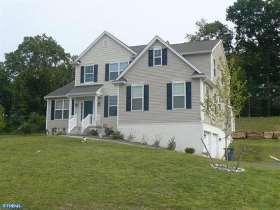 1401 Mantel Dr, West Chester, PA 19382