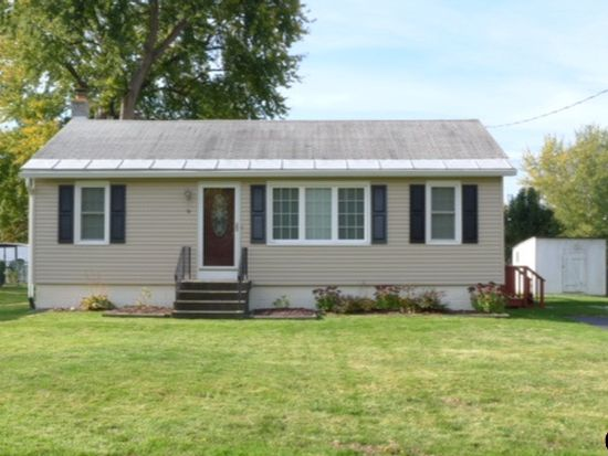 9 Connecticut Ave, Rensselaer, NY 12144