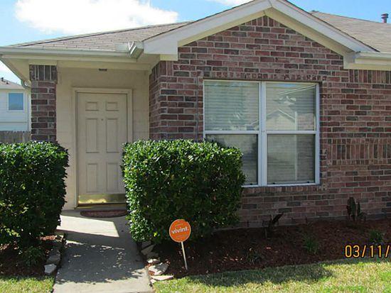 3922 Floral Way Ct, Fresno, TX 77545