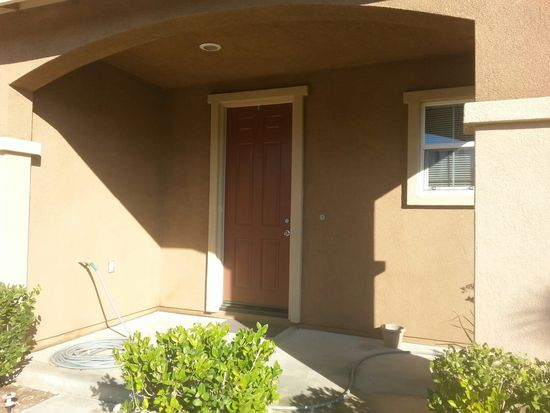 72 Berkshire Ave, Beaumont, CA 92223